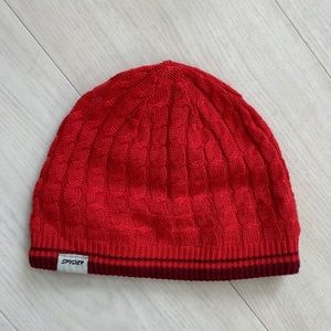 Spyder cable knit hat
